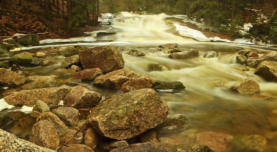 Mumlava braided stream