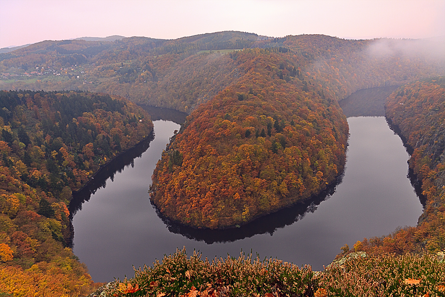 Attempt for the mist at the famous viewpoint Máj